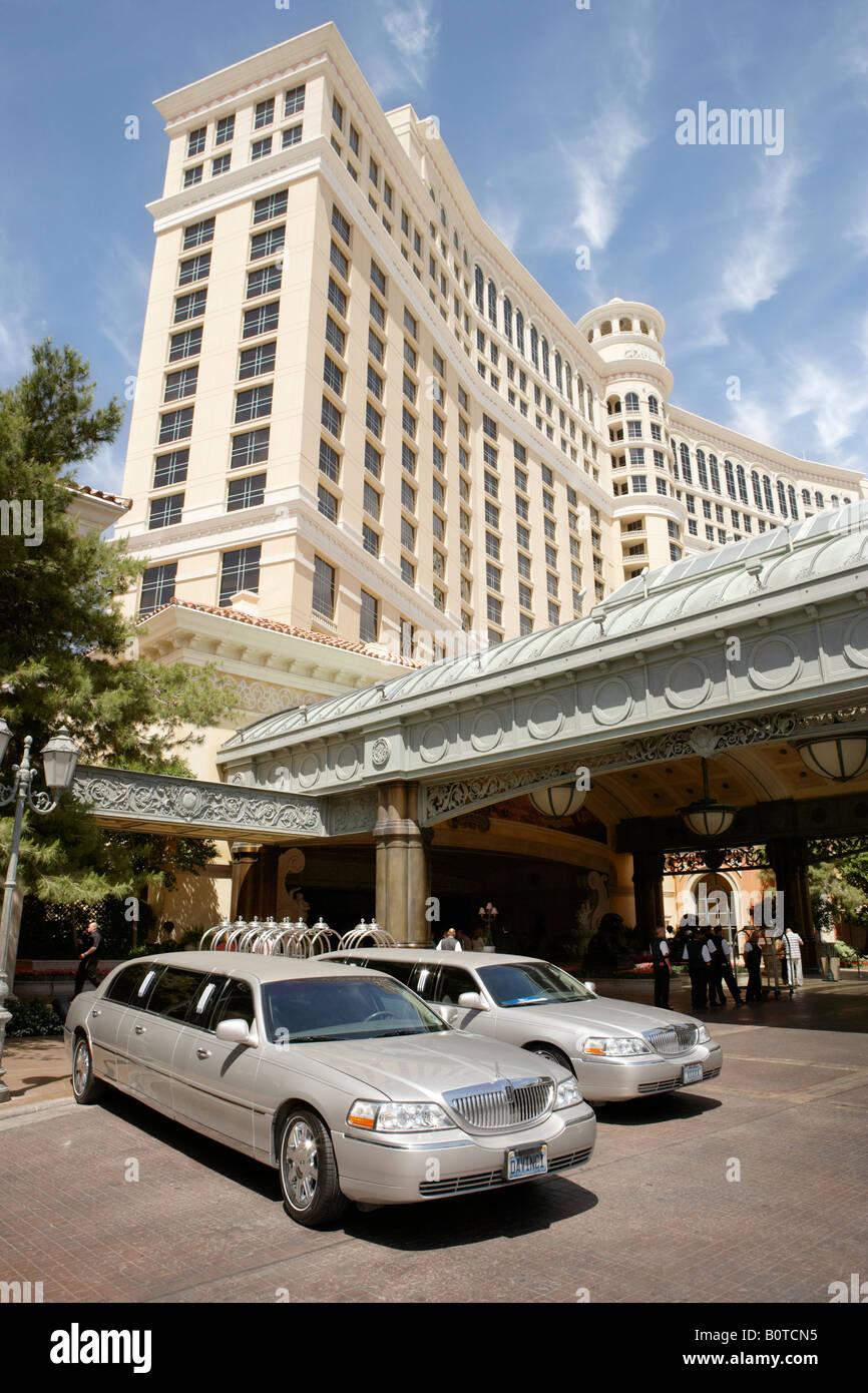 Limousines Outside Bellagio Hotel in Las Vegas Nevada USA - Stock Image