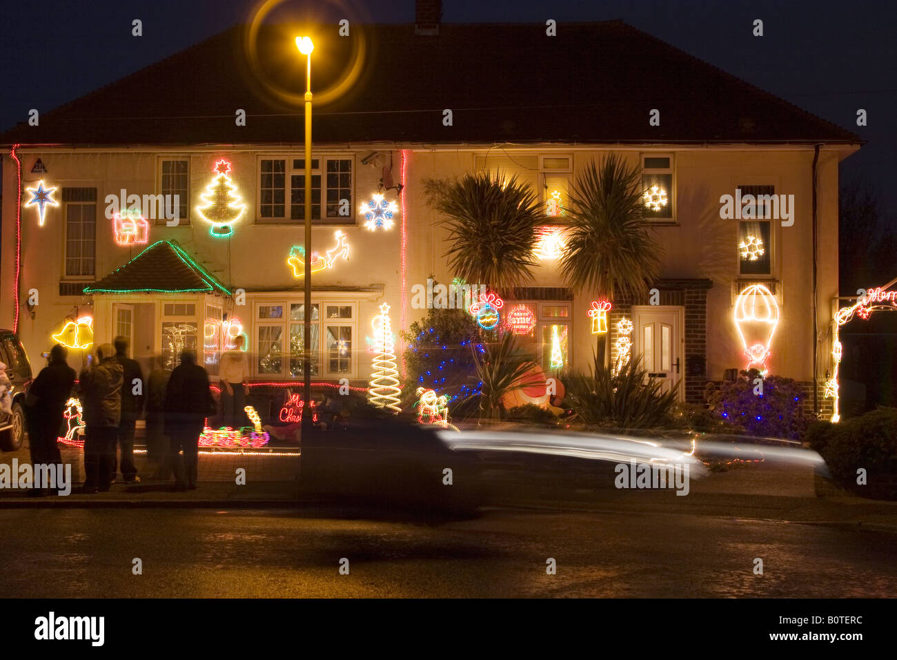 Christmas Lights On Houses Pictures.Christmas Lights Decorating Houses In A Street In England
