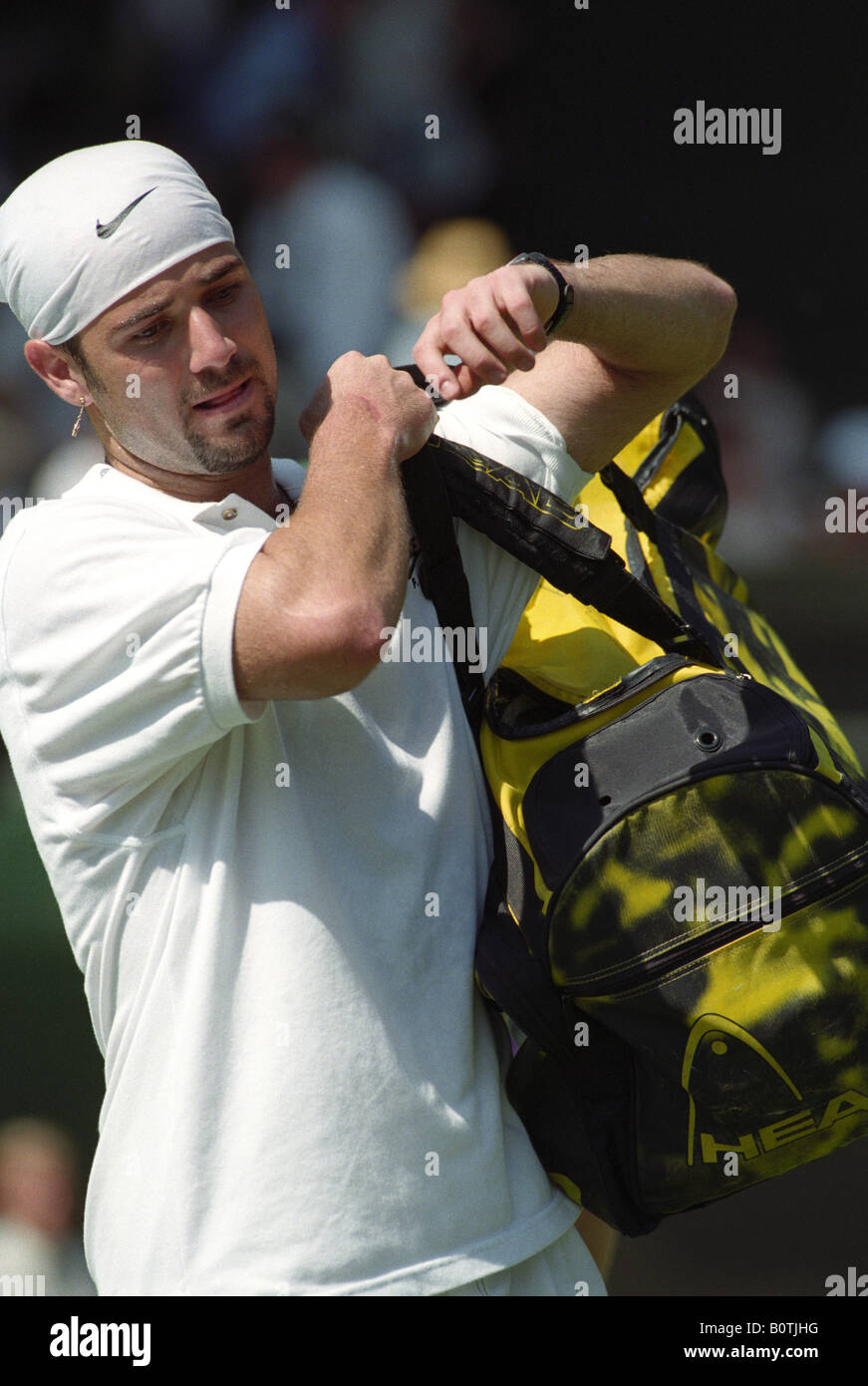 the latest e7f16 31a70 Andre Agassi on Centre Court at Wimbledon in 1995 - Stock Image