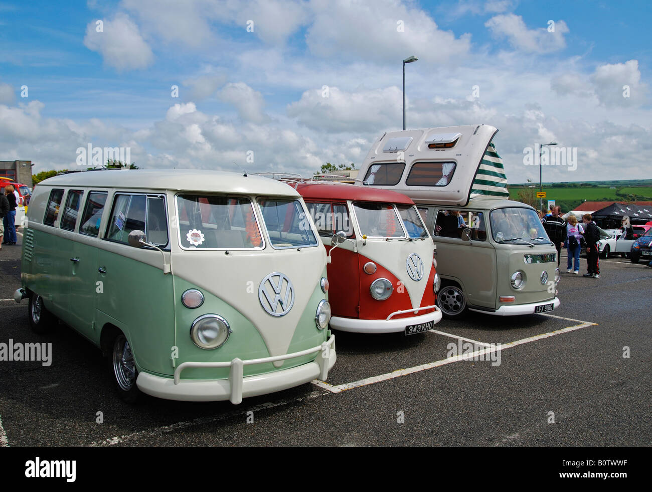 volkswagen caravanettes at the annual 'run to the sun' event at newquay in cornwall,england - Stock Image