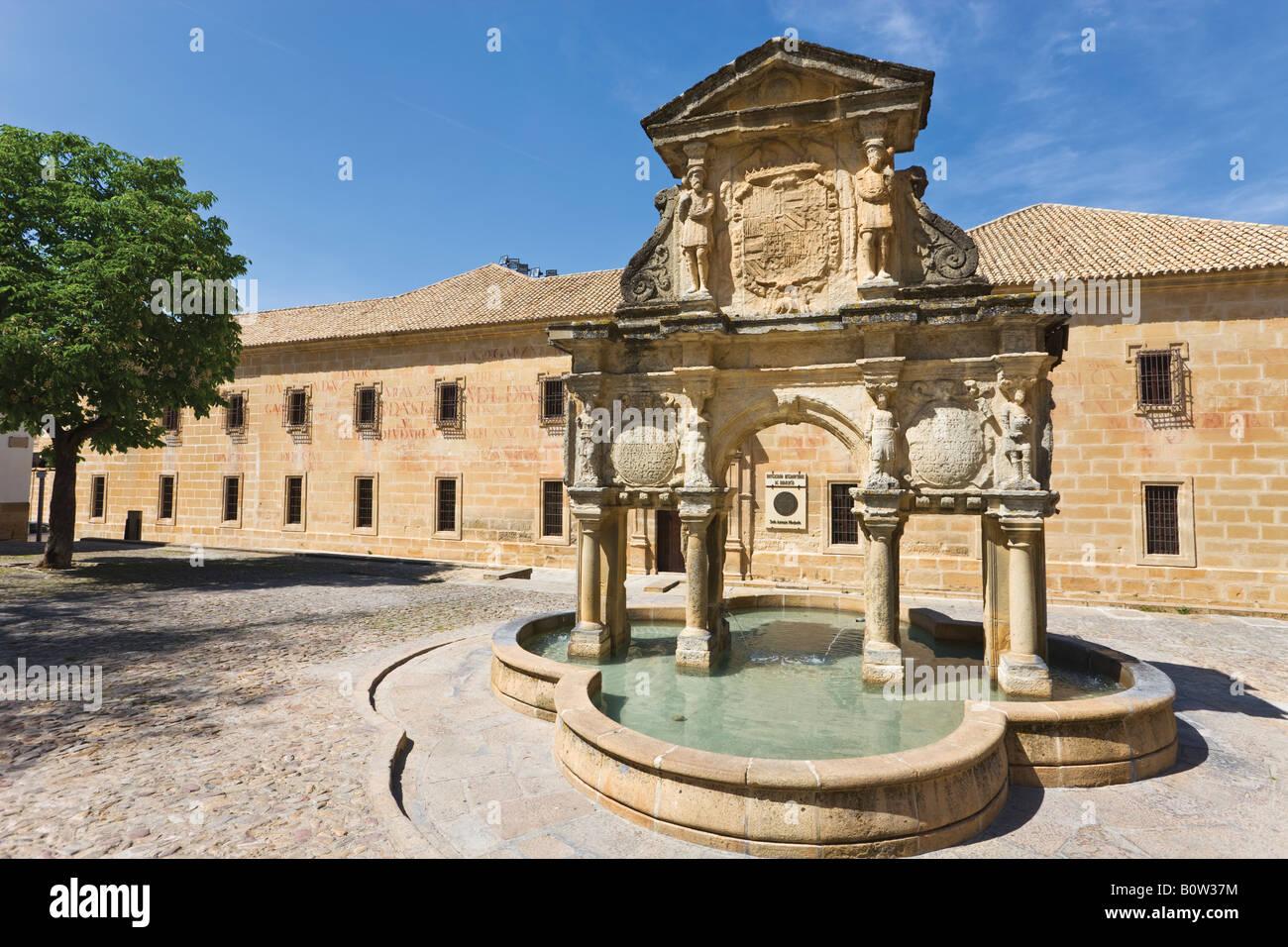 Baeza Jaen Province Spain 16th century Fuente de Santa Maria in Plaza de Santa Maria and Seminario de San Felipe - Stock Image