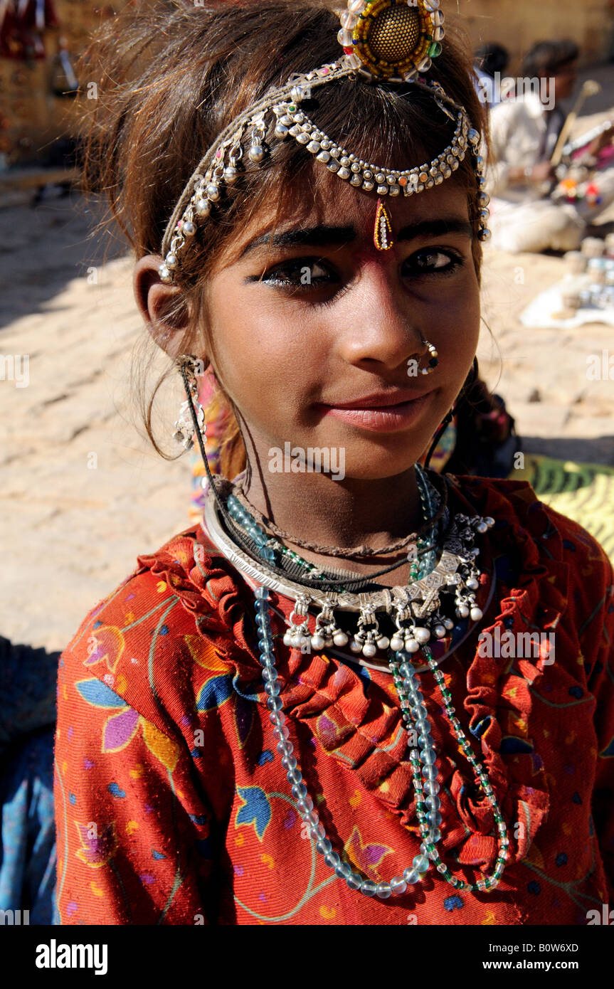 young rajasthani girl stock photos & young rajasthani girl stock