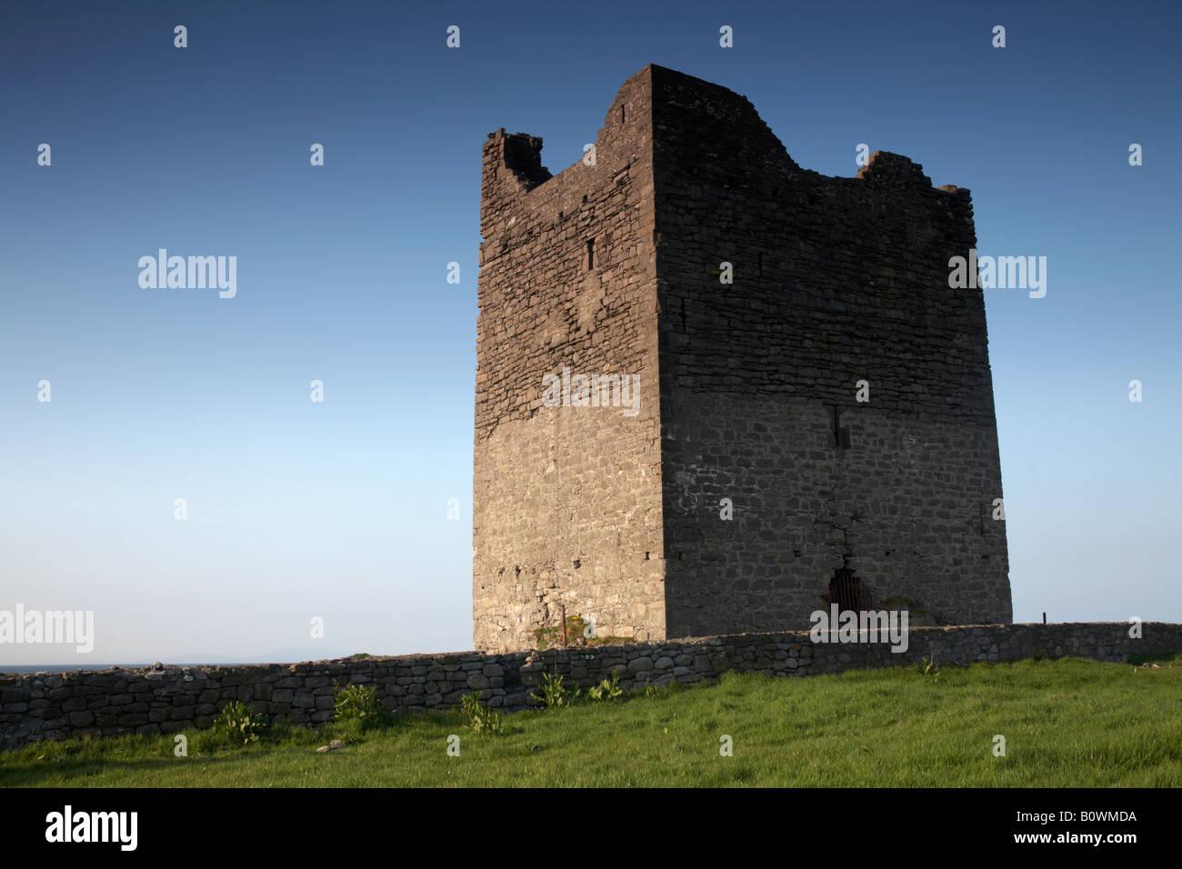 o'dowd roslea roslee castle home of the ODowd chieftains built in 1207 easkey county sligo republic of ireland Stock Photo