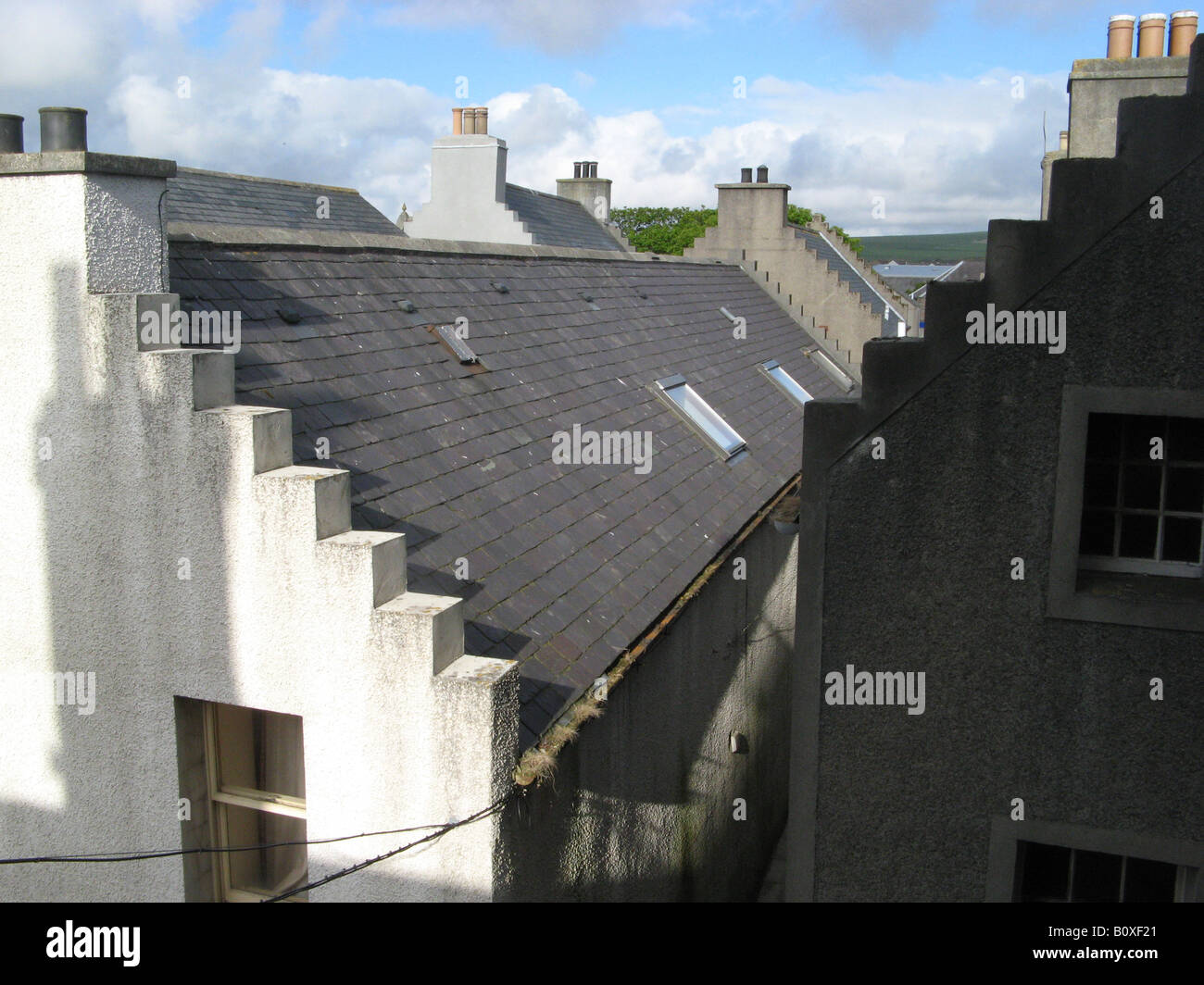 Some of the houses in Kirkwall, the capital of the Orkney Islands in Scotland, were built in the 16th century. - Stock Image