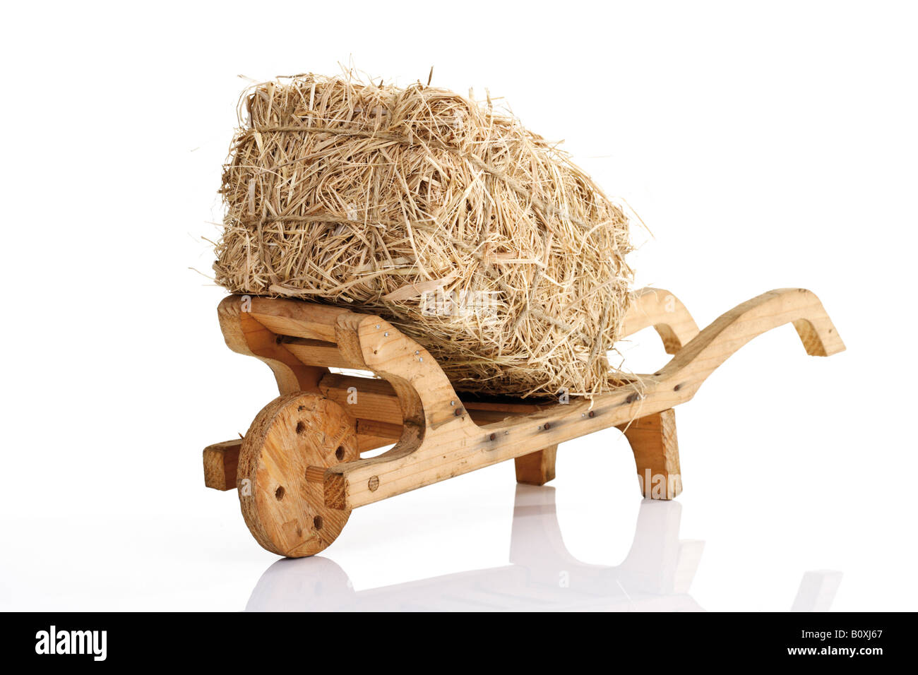 Bale Of Hay Cut Out Stock Photos & Bale Of Hay Cut Out Stock Images