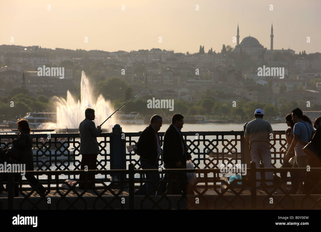TUR Turkey Istanbul Galata Bridge crossing the Golden Horn strait Restaurants and bars in the lower lever of the - Stock Image