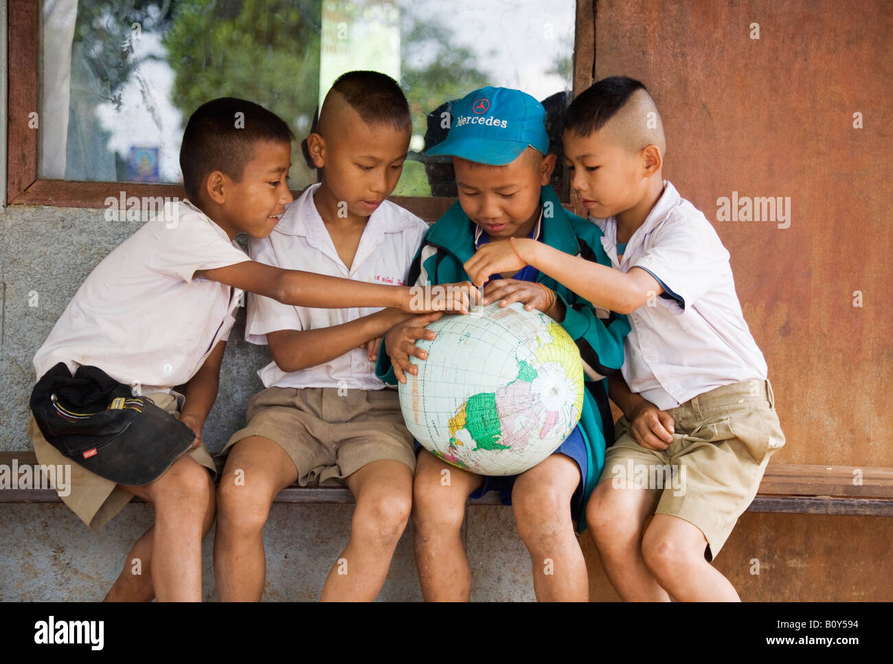 Thai school children - Mae Hong Son, Mae Hong Son province, THAILAND - Stock Image