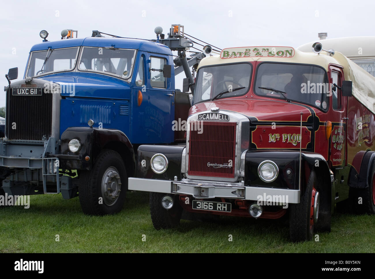 Scammell Highwayman Truck with Scammell Junior Constructor Wrecker Lorry at Smallwood Vintage Rally Cheshire England - Stock Image