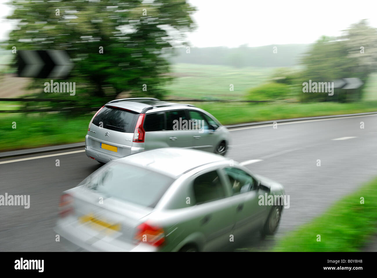 How to overtake the car 8