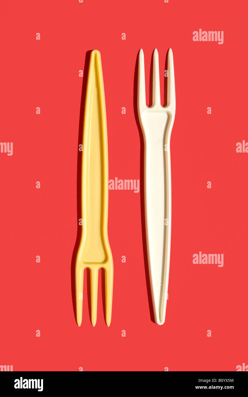 Plastic forks, elevated view - Stock Image