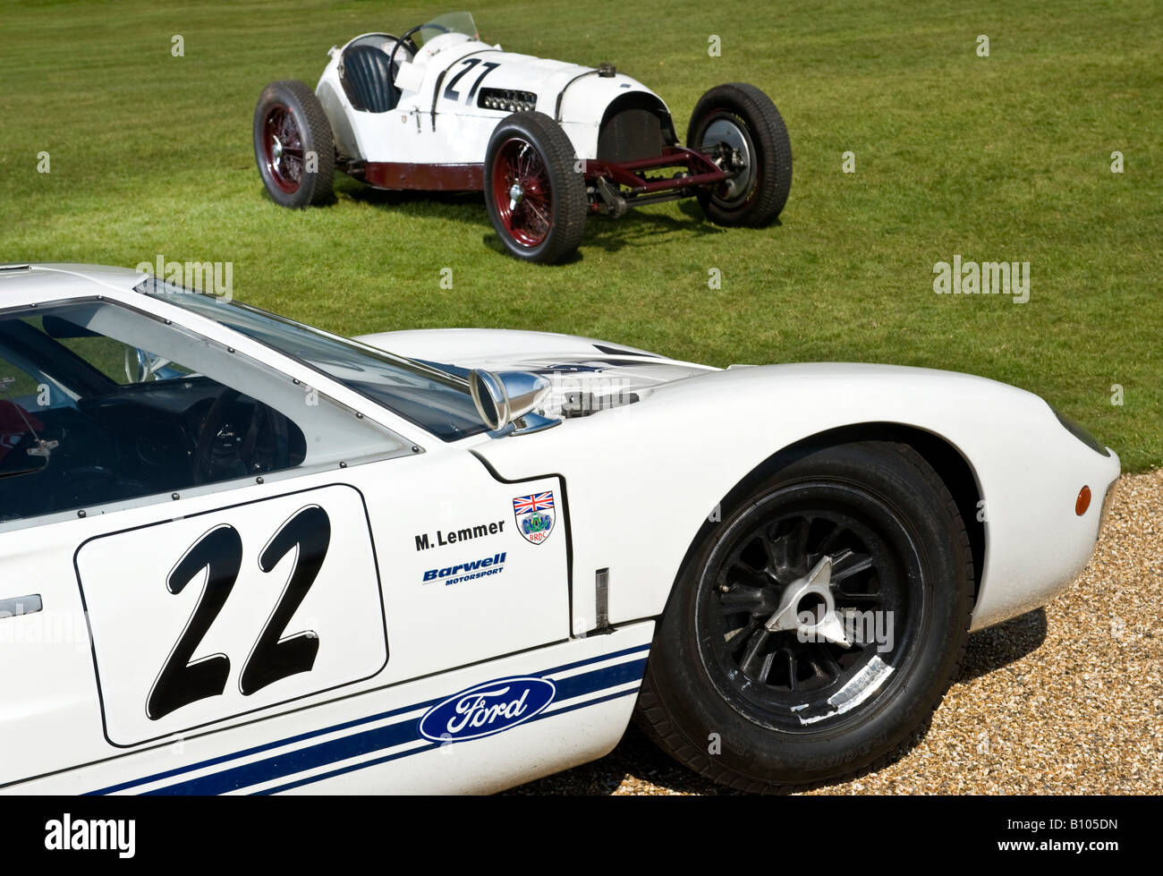 Ford Gt40 With Vintage Classic Formula One F1 Racing Car 1930s In