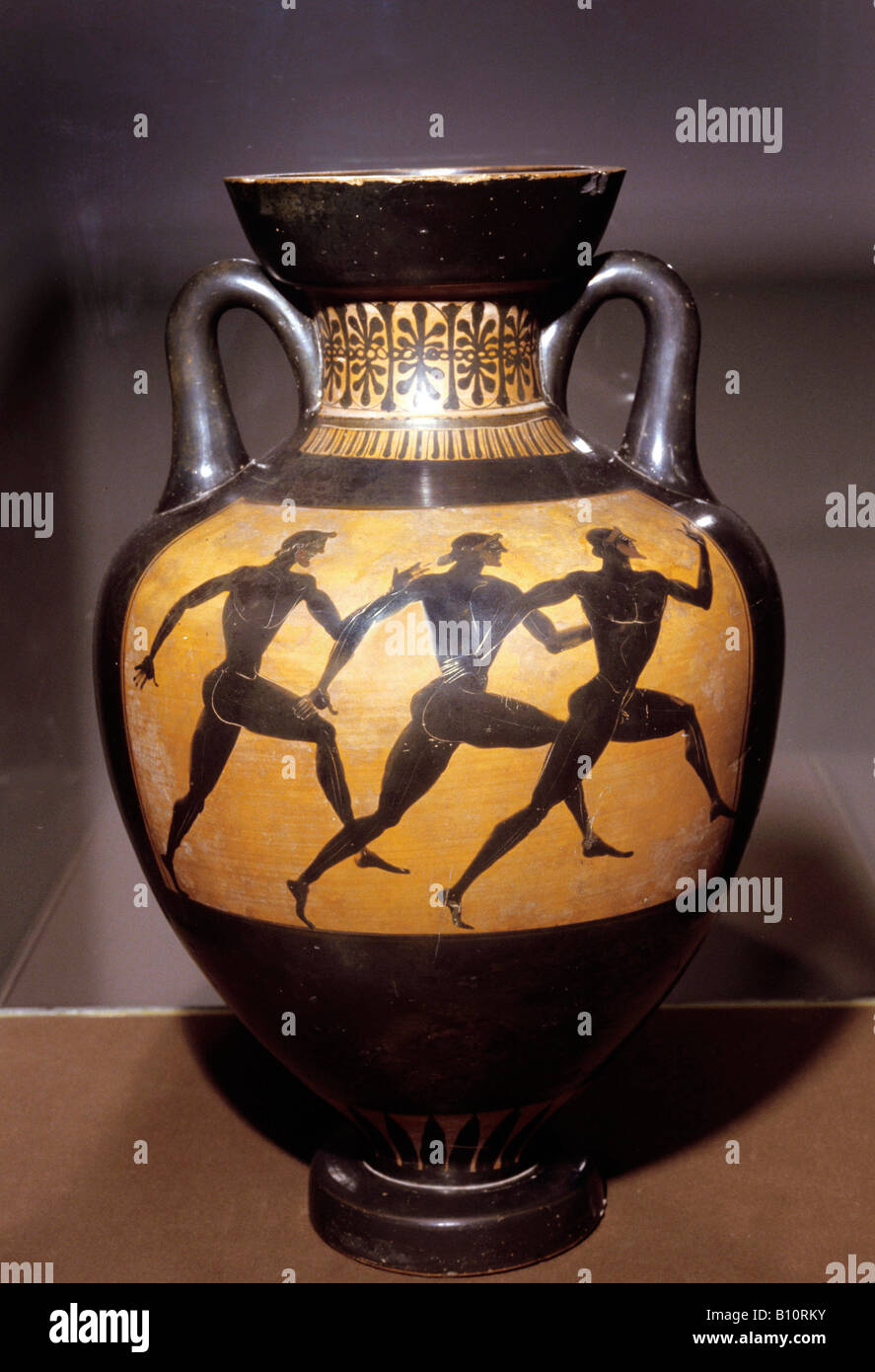 Olympic runners Attic black figure, Panathenaic Vase 5th cent BC Greece. - Stock Image