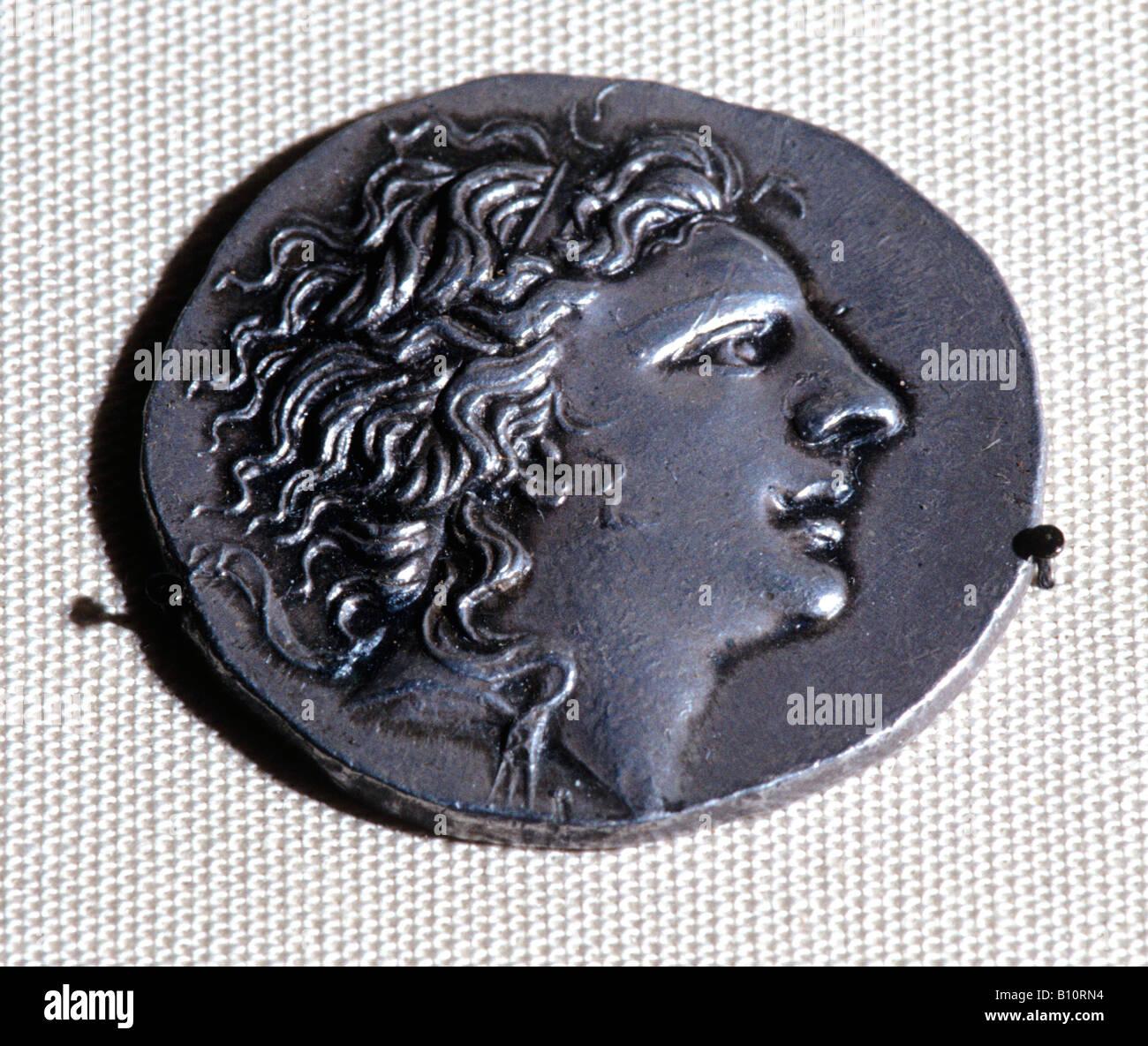 Tetradrachm with king Mithradates 126 63 BC Iran - Stock Image