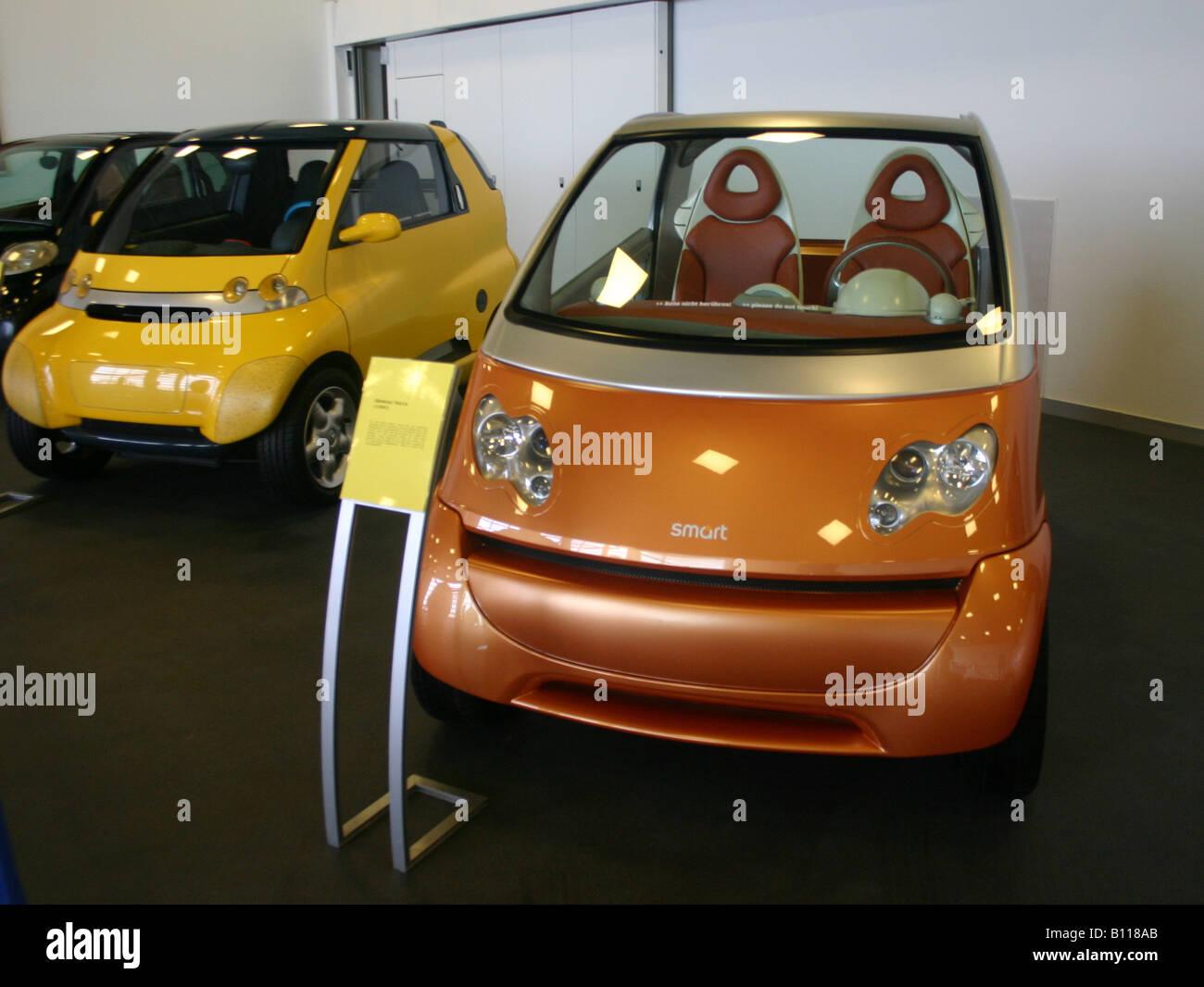 Smart Cars Stock Photos & Smart Cars Stock Images - Alamy