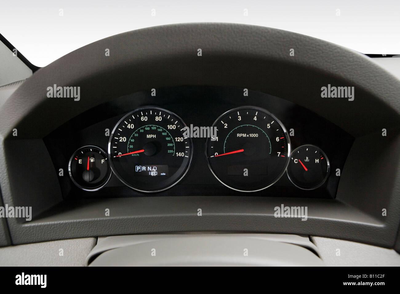 2008 Jeep Grand Cherokee Laredo in Gray - Speedometer/tachometer