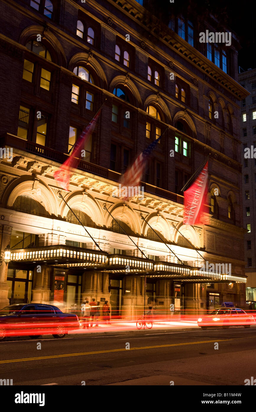 CARNEGIE HALL FIFTY SEVENTH STREET MANHATTAN NEW YORK CITY USA - Stock Image