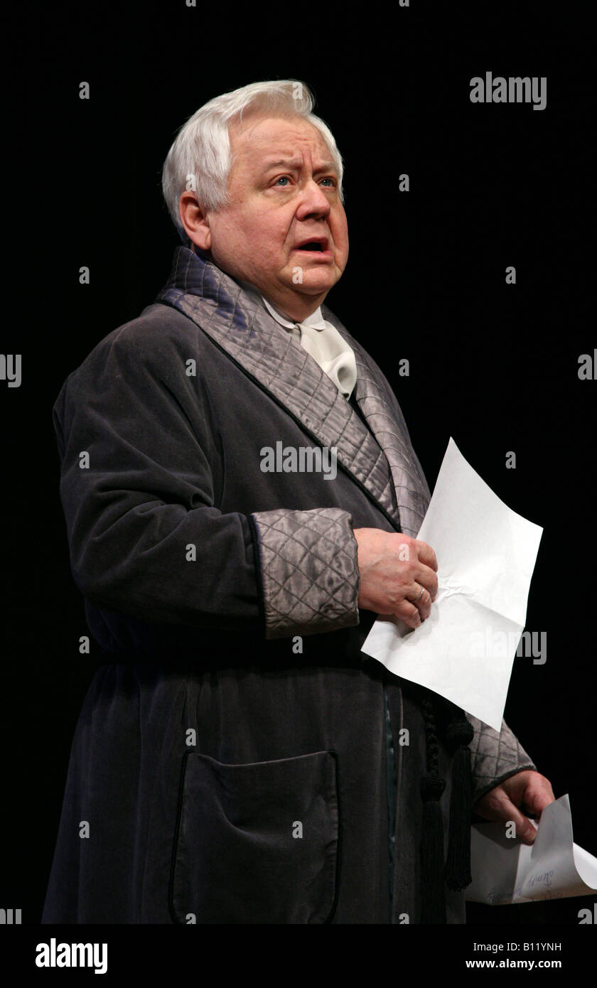 Famous Soviet and Russian actor Alexei Petrenko died February 23, 2017 55