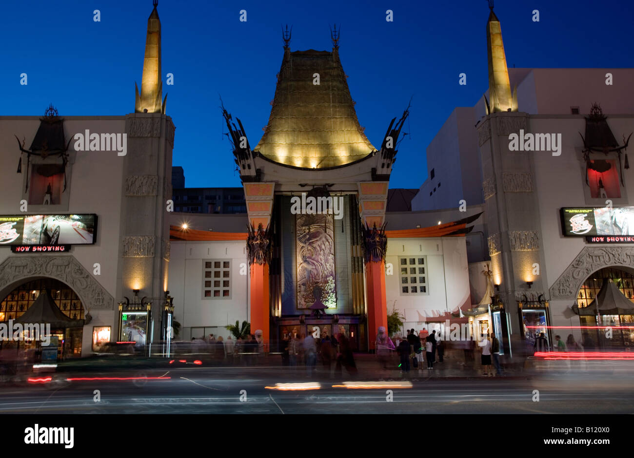 Graumans Chinese Theater and Hollywood Boulevard at dusk - Stock Image