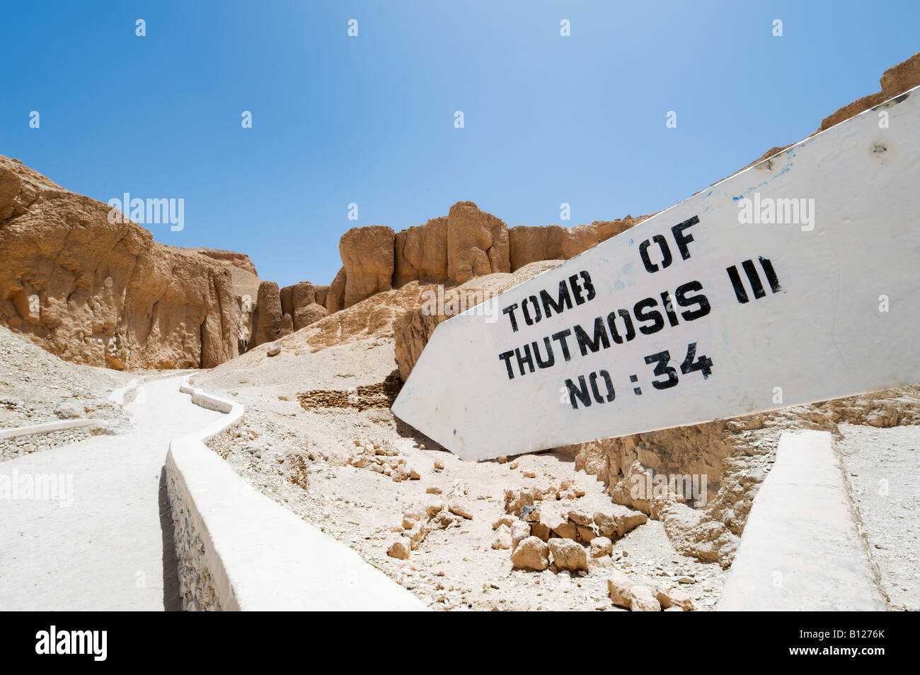 Sign for the Tomb of Thutmosis III, Valley of the Kings, West Bank, Luxor, Nile Valley, Egypt - Stock Image