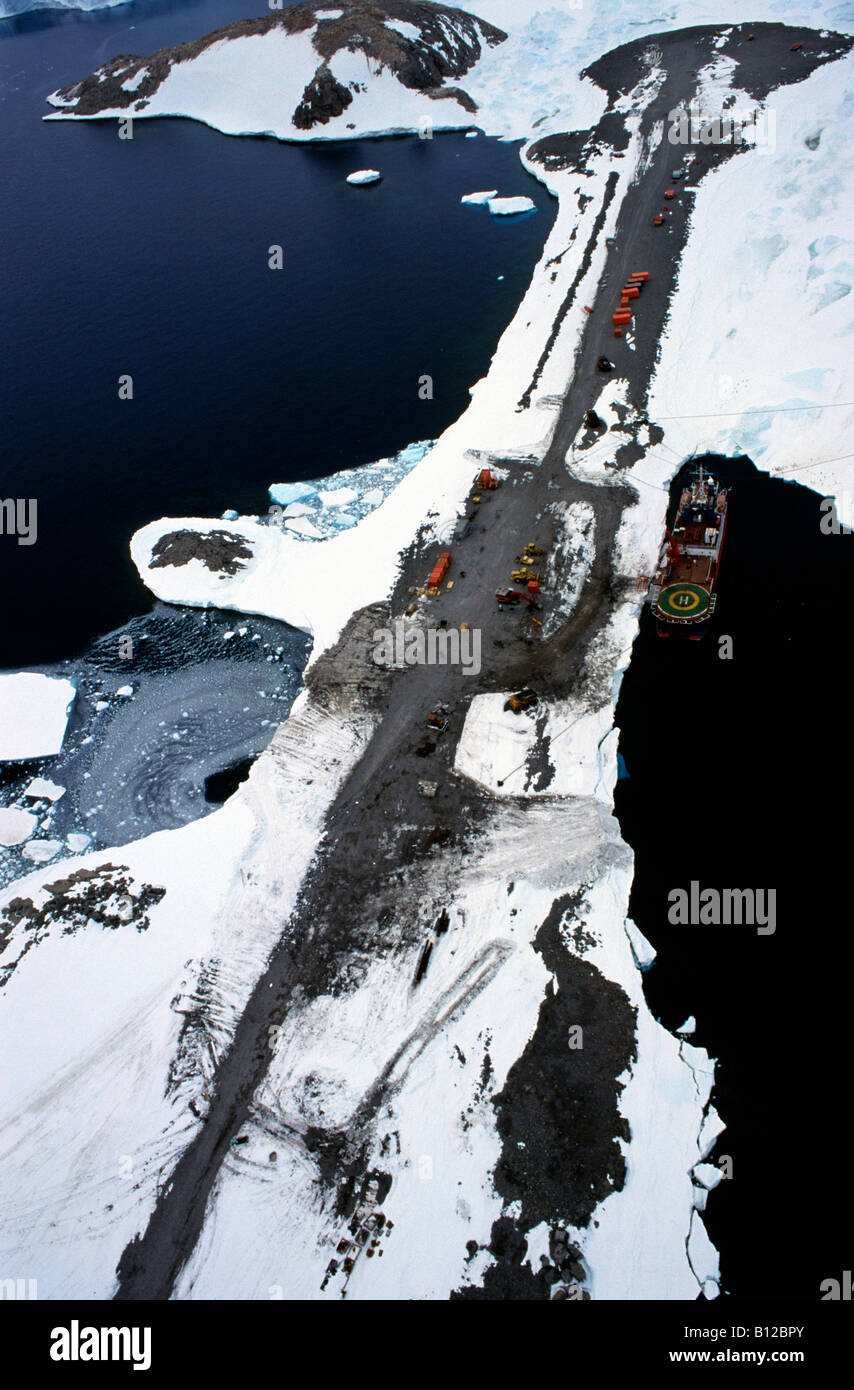 aerial view ,aerien,aerial,vue aerienne , Base Dumont D Urville Antarctica Astronomy Atmosphere Ambiance Atmospheres - Stock Image
