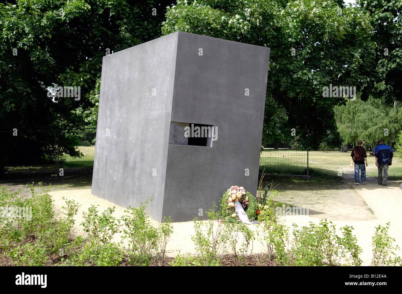 Berlin memorial to gay victims of nazis tiergartedn germany deutschland travel tourism Stock Photo