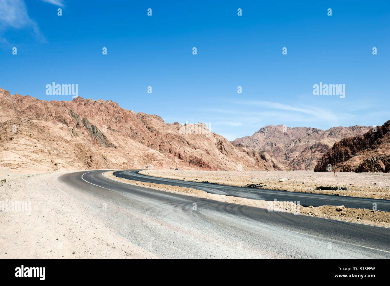 Main Road between Dahab and Sharm el-Sheikh, South Sinai Desert, Egypt - Stock Image