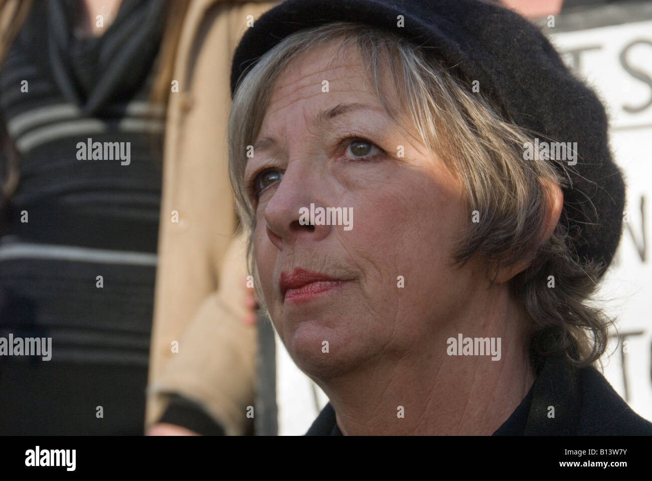 Pauline Campbell demonstrates at Holloway jail against deaths of women in custody. Her daughter died at Styal prison, - Stock Image