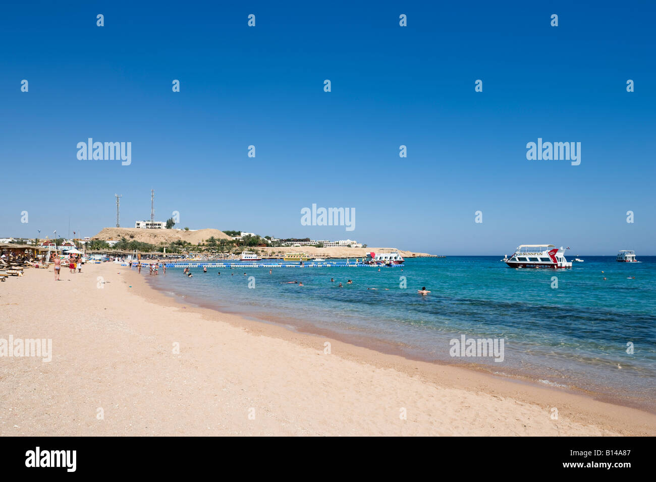 Naama Bay Beach, Sharm el-Sheikh, Red Sea Coast, South Sinai, Egypt - Stock Image