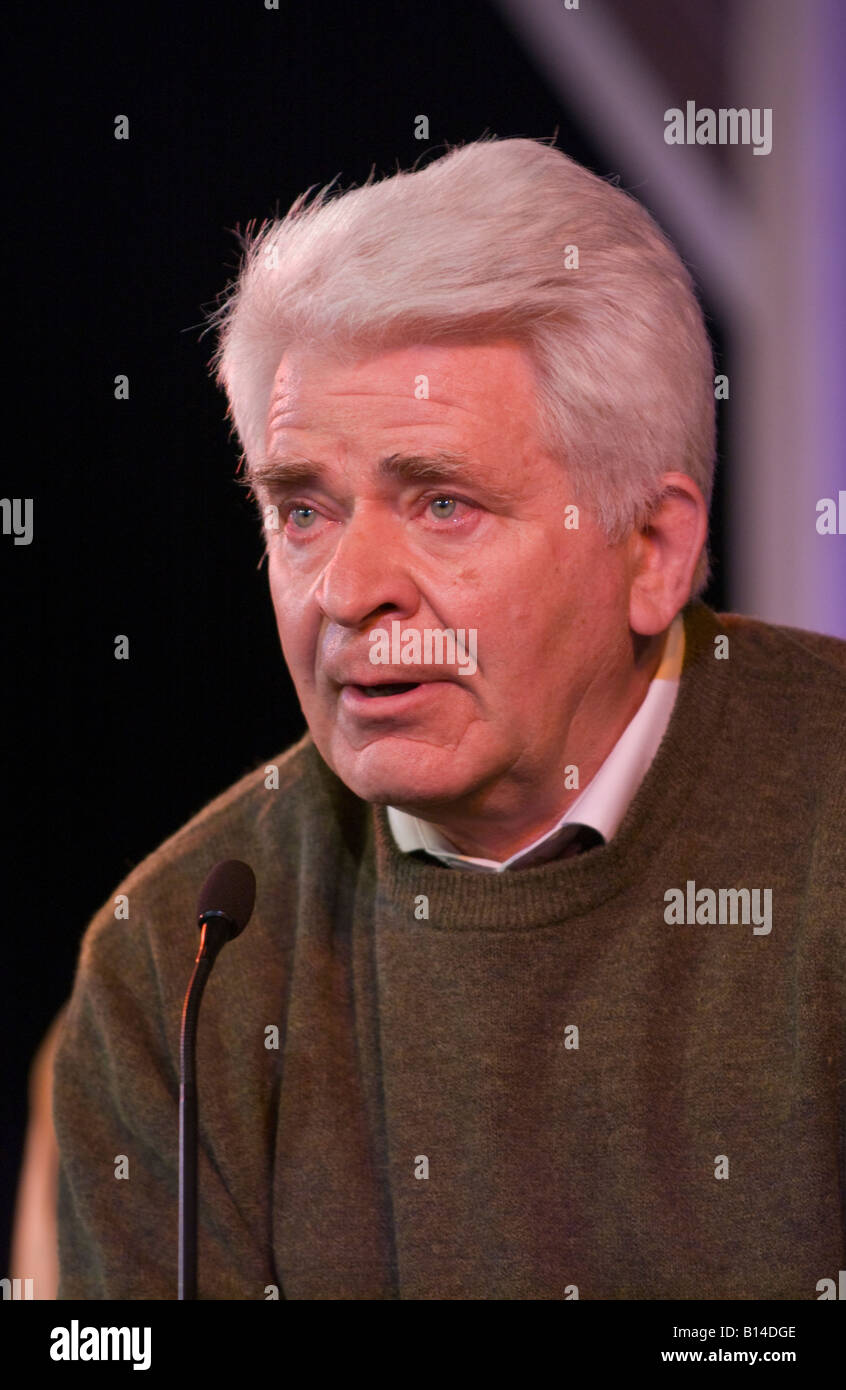 Boris Spassky Russian chess grandmaster talking about his life on stage at Hay Festival 2008 Hay on Wye Powys Wales Stock Photo