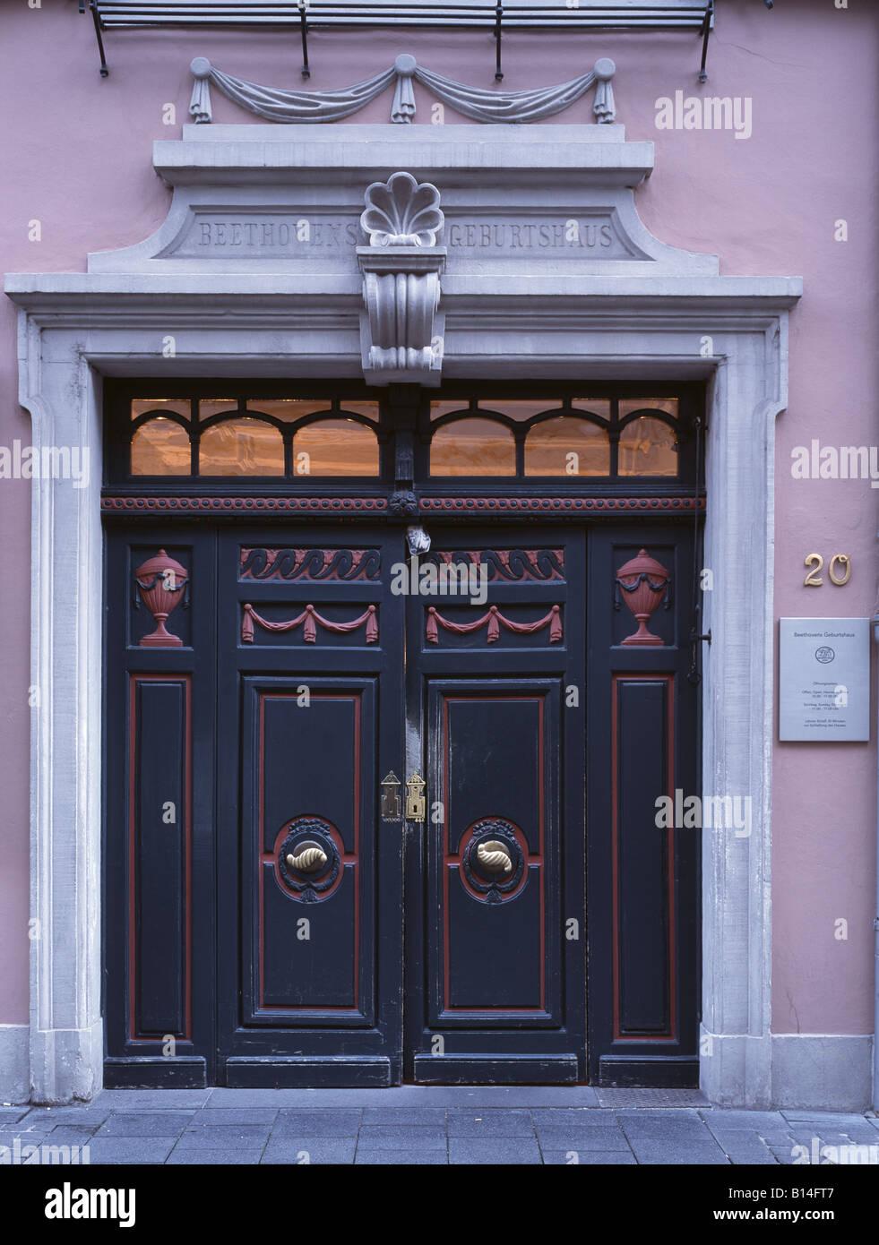 Bonn, Beethovenhaus in der Bonngasse, Geburtshaus Ludwig van Beethoven, Eingangstüre - Stock Image