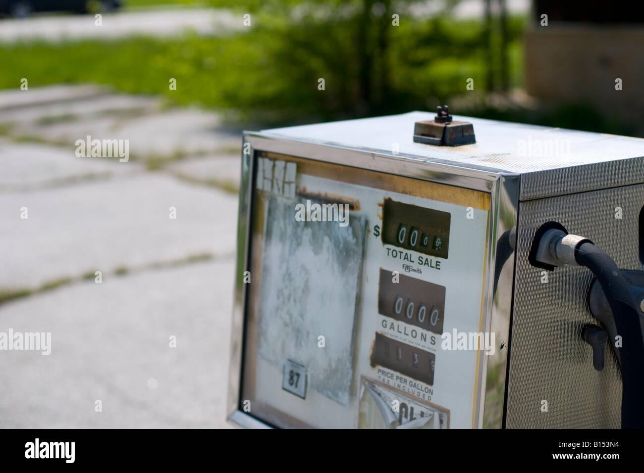 Abandoned gasoline pump along a highway, USA. - Stock Image