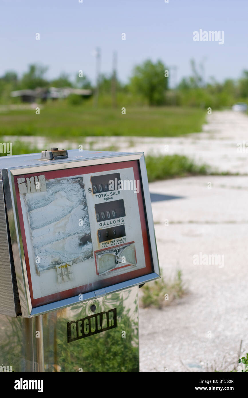 Abandoned gasoline pump along a freeway, USA. - Stock Image
