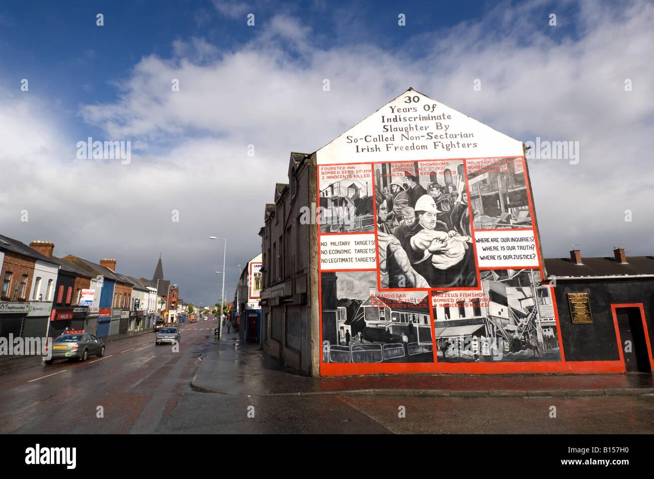 Loyalist sectarian murals Shankill Road Belfast Northern Ireland - Stock Image