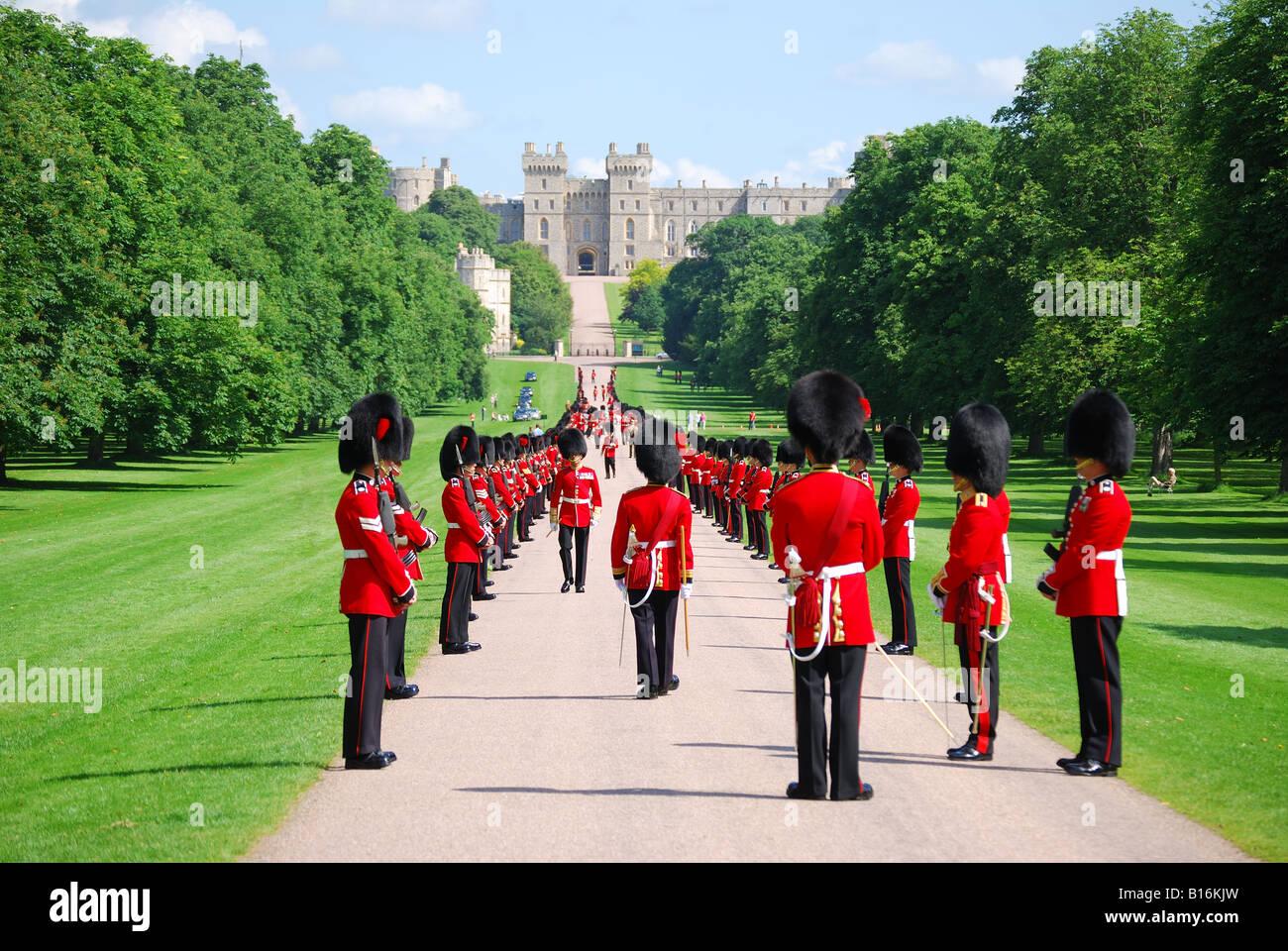 Household Cavalry parading on The Long Walk, Windsor Castle, Windsor, Berkshire, England, United Kingdom - Stock Image