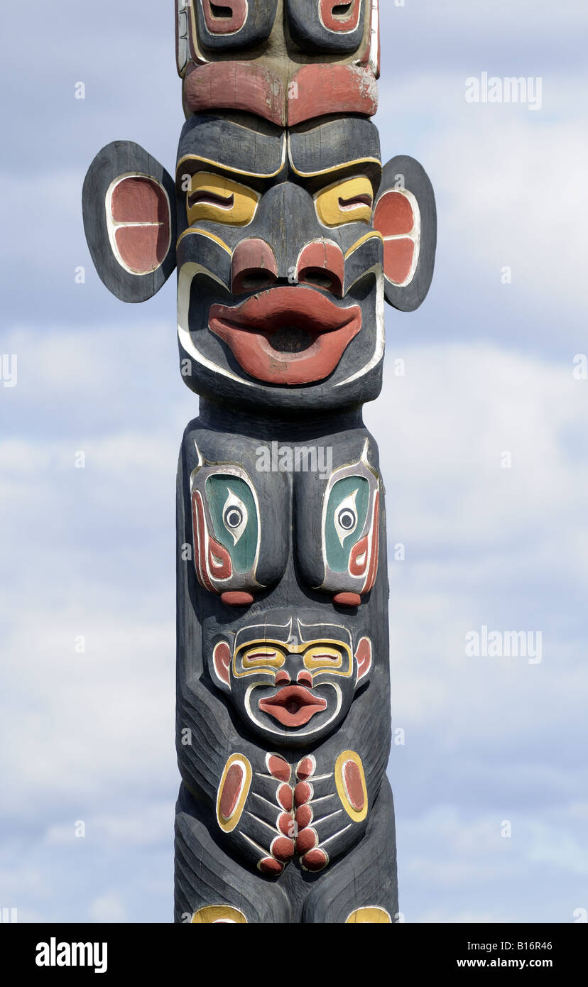 Dzunukwa Totem Pole Campbell River in the cultural style ...