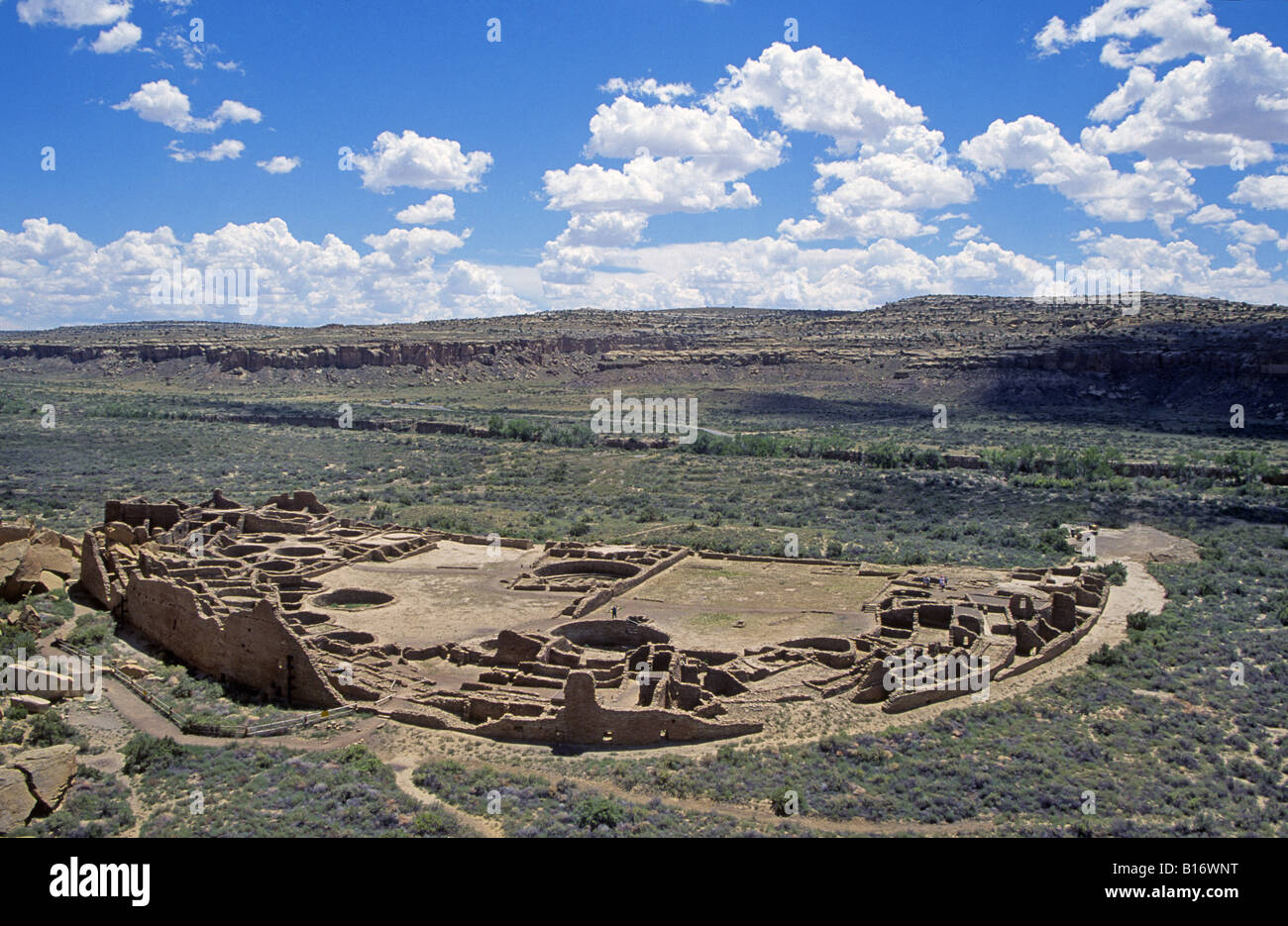 A view of Pueblo Bonito an ancient Anasazi Indian city in northwestern New Mexico - Stock Image