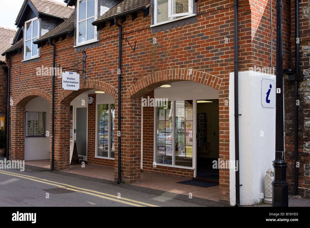 Tourist Information Centre in Arundel, Sussex, England - Stock Image