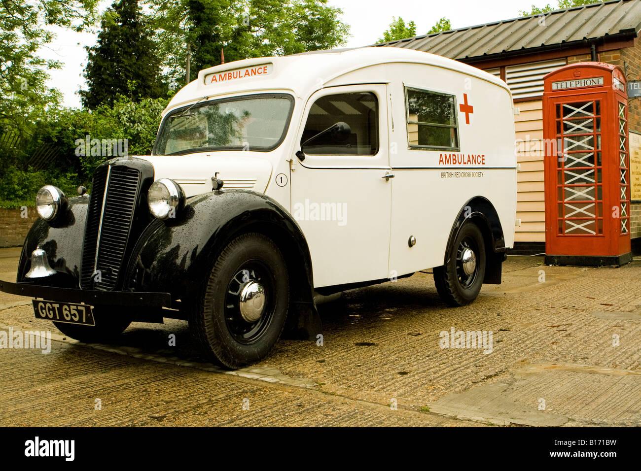 Old Ambulance Stock Photos & Old Ambulance Stock Images - Alamy