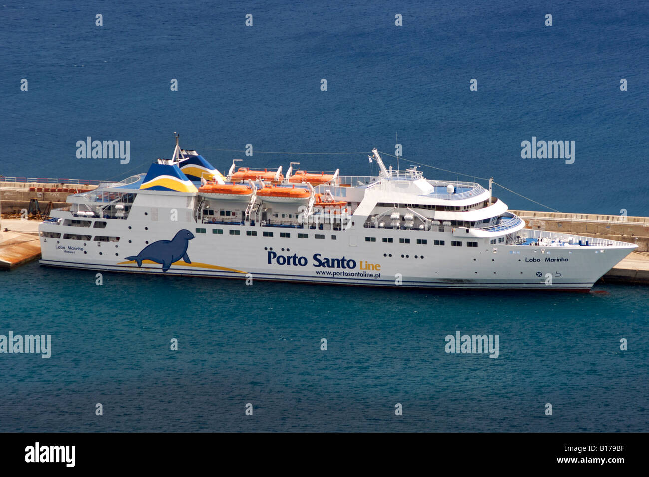 The Madeira-Porto Santo ferry in the port of the Portuguese Atlantic island of Porto Santo. - Stock Image