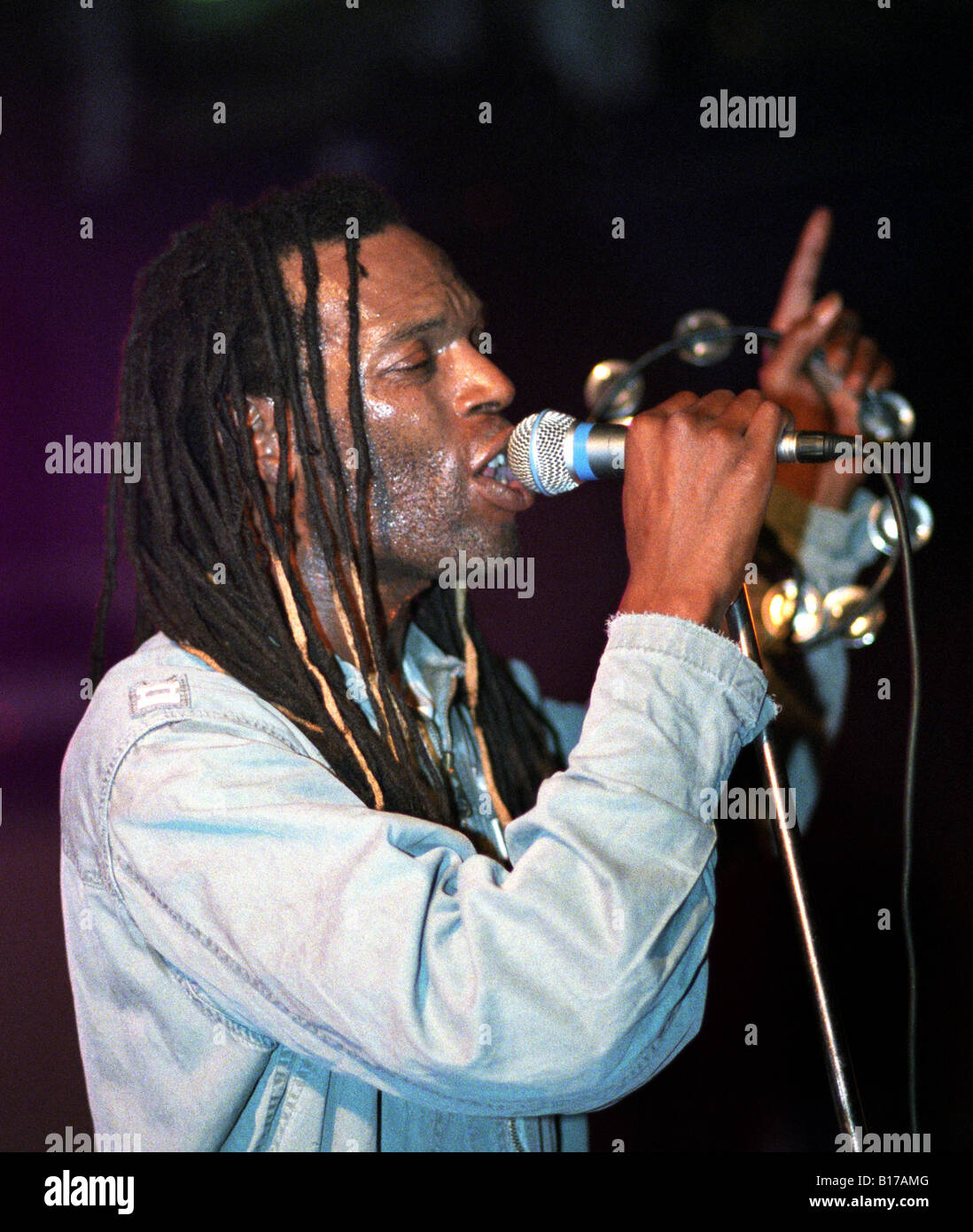 Ranking Roger performing with The Beat at The Buttermarket, Shrewsbury, October 2004 - Stock Image