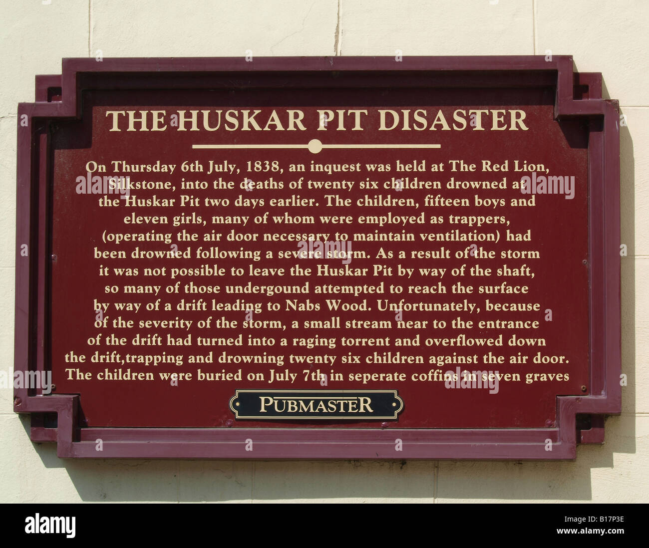 Plaque to commemorate the Huskar Mining Disaster in 1838 Outside wall of the Red Lion Pub - Stock Image