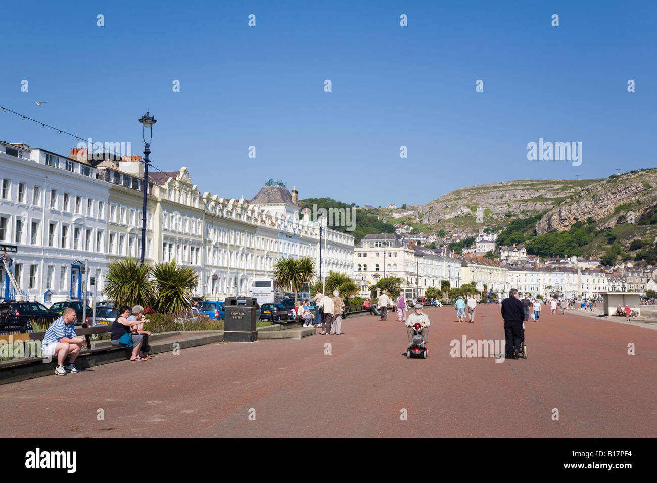 Llandudno North Wales UK. North Parade promenade and hotels in elegant 19th century Victorian buildings on seafront - Stock Image