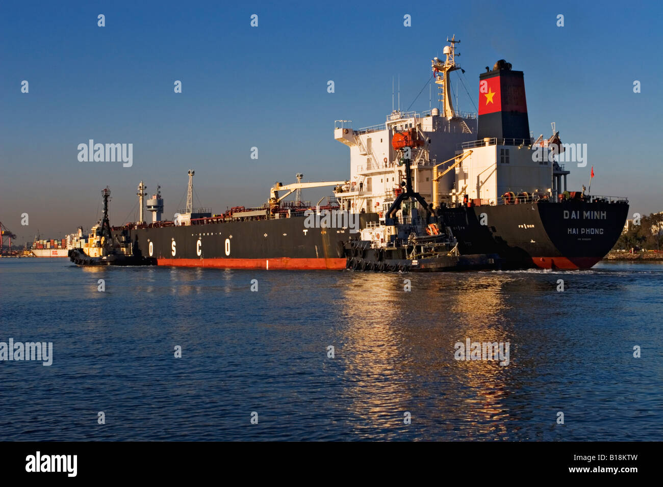 Shipping Fossil Fuels Stock Photos Amp Shipping Fossil Fuels