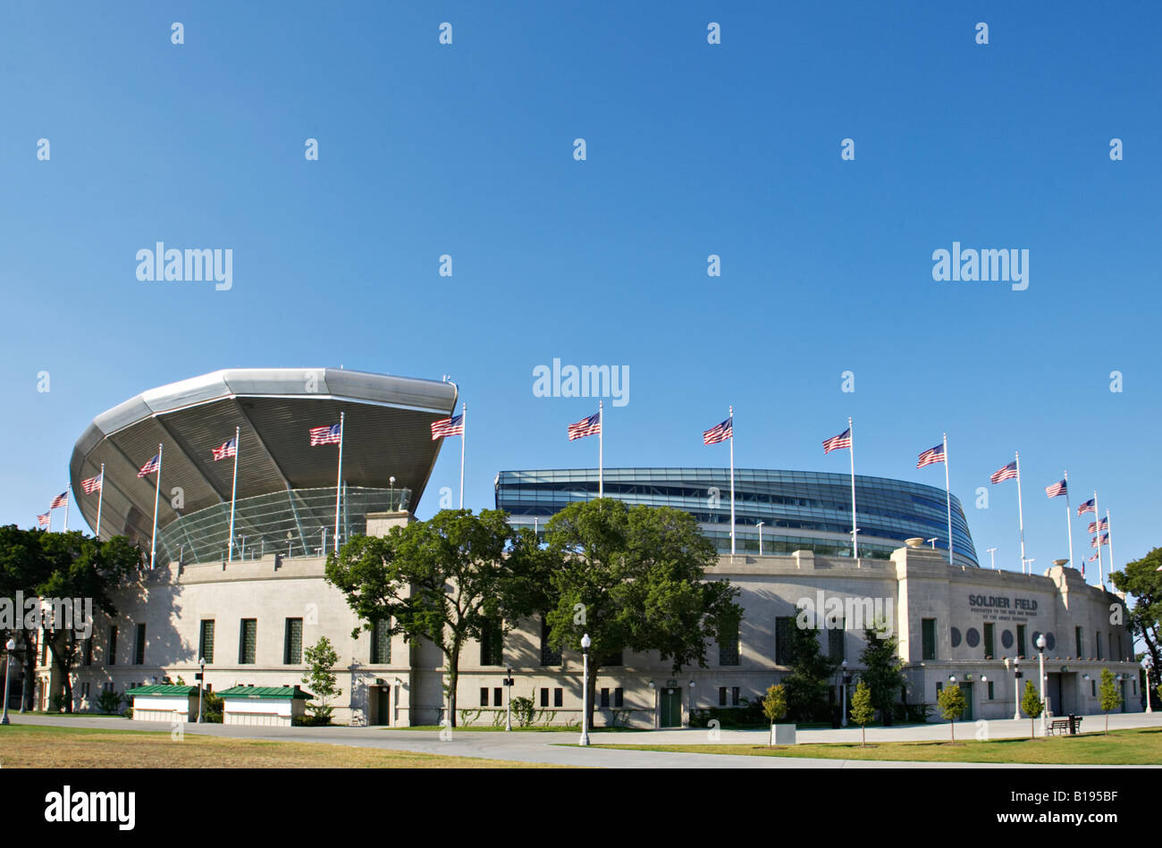 BUILDINGS Chicago Illinois Soldier Field redesigned football field home to Chicago Bears - Stock Image