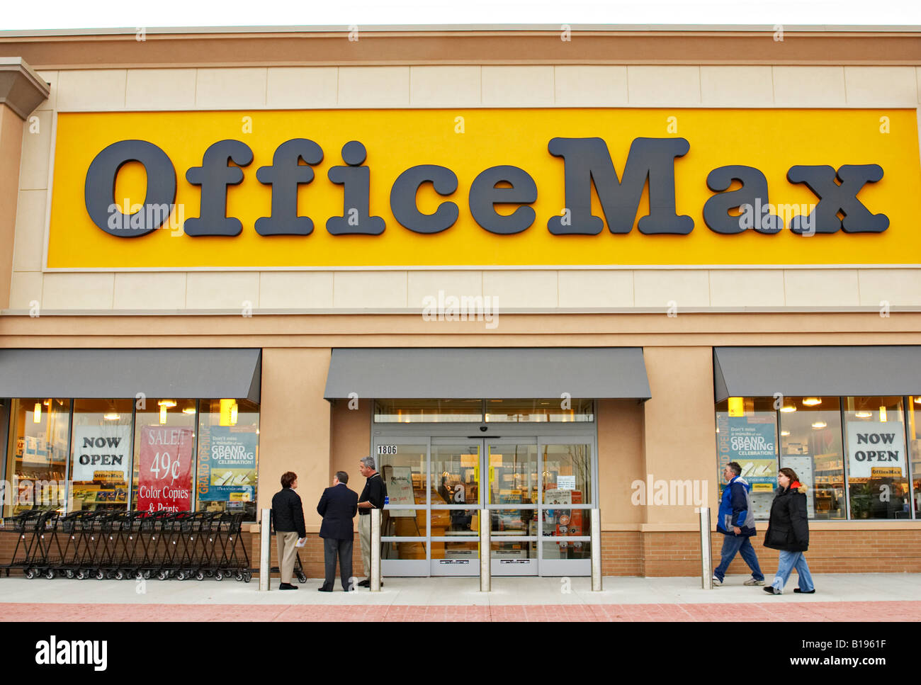 Events Algonquin Illinois Exterior Of Officemax Retail Store In