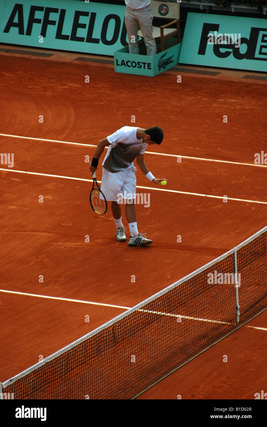 Novak Djokovic amusing the crowd at Rolland Garros during the 2008 French Open - Stock Image