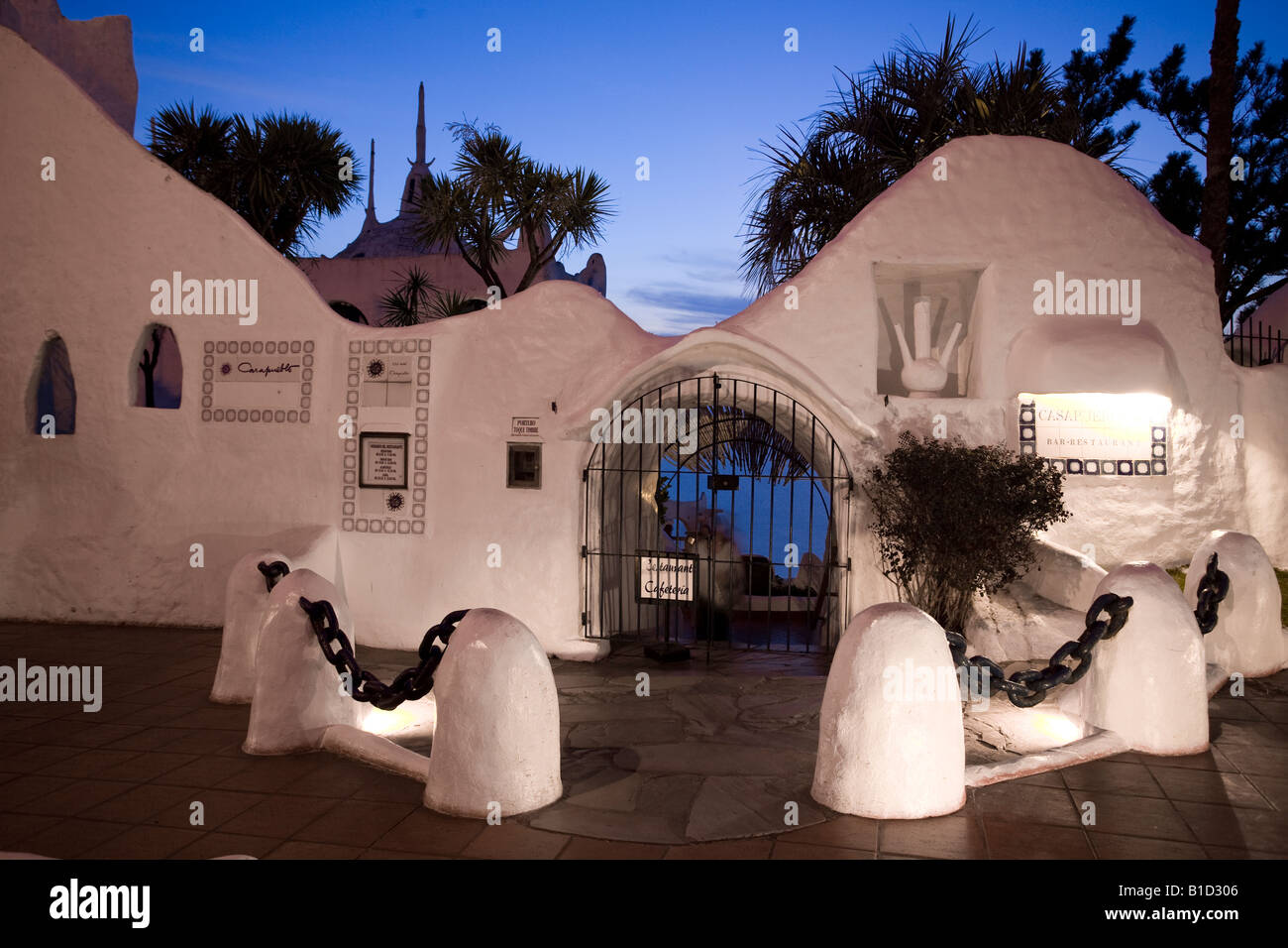 Nightshot of the entrance to hotel, restaurant and museum Casapueblo, Punta Ballena, Punta del Este, Uruguay - Stock Image