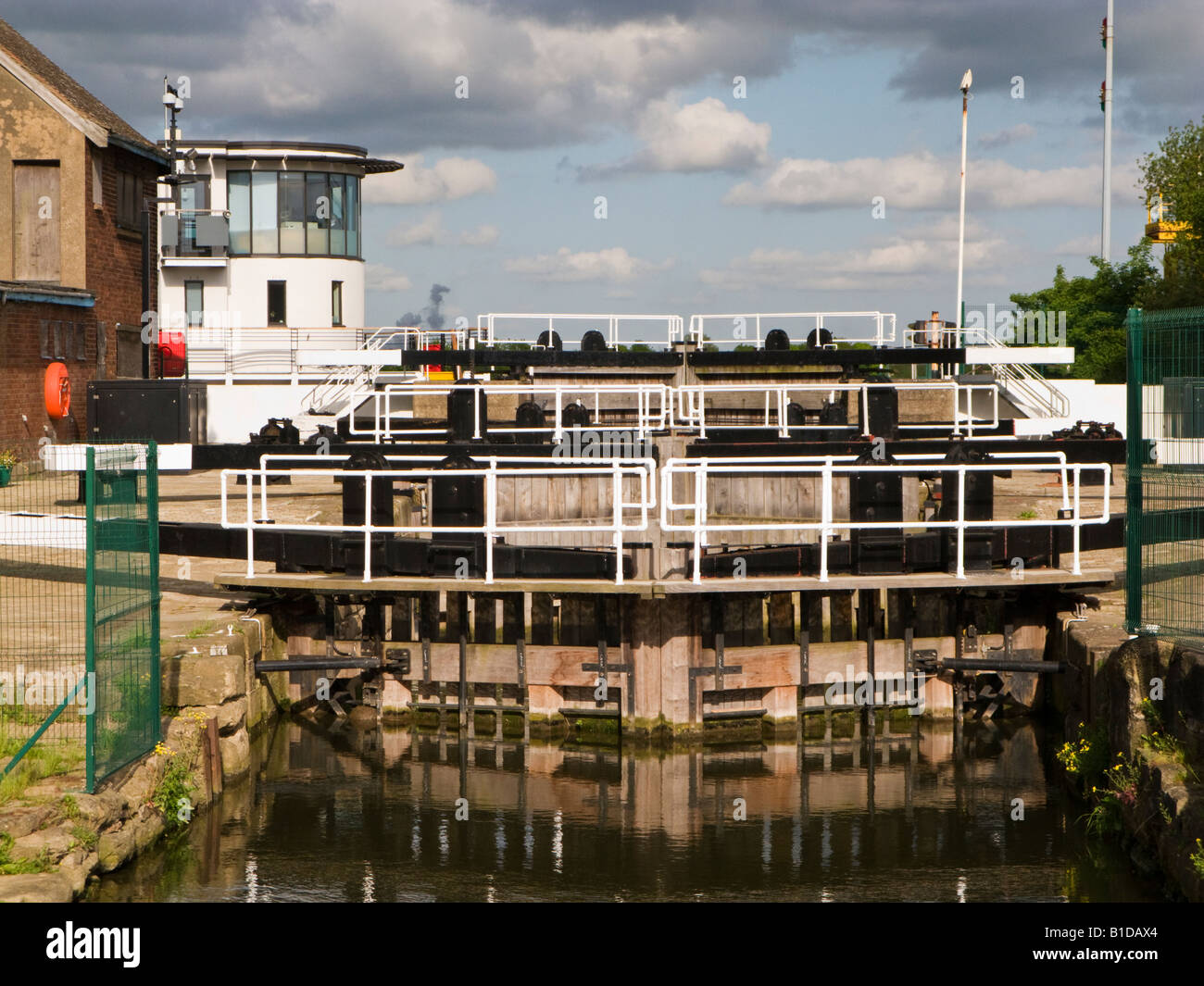 Multiple canal lock gates on the Stainforth and Keadby Canal at Keadby Lock, Keadby North Lincolnshire UK - Stock Image