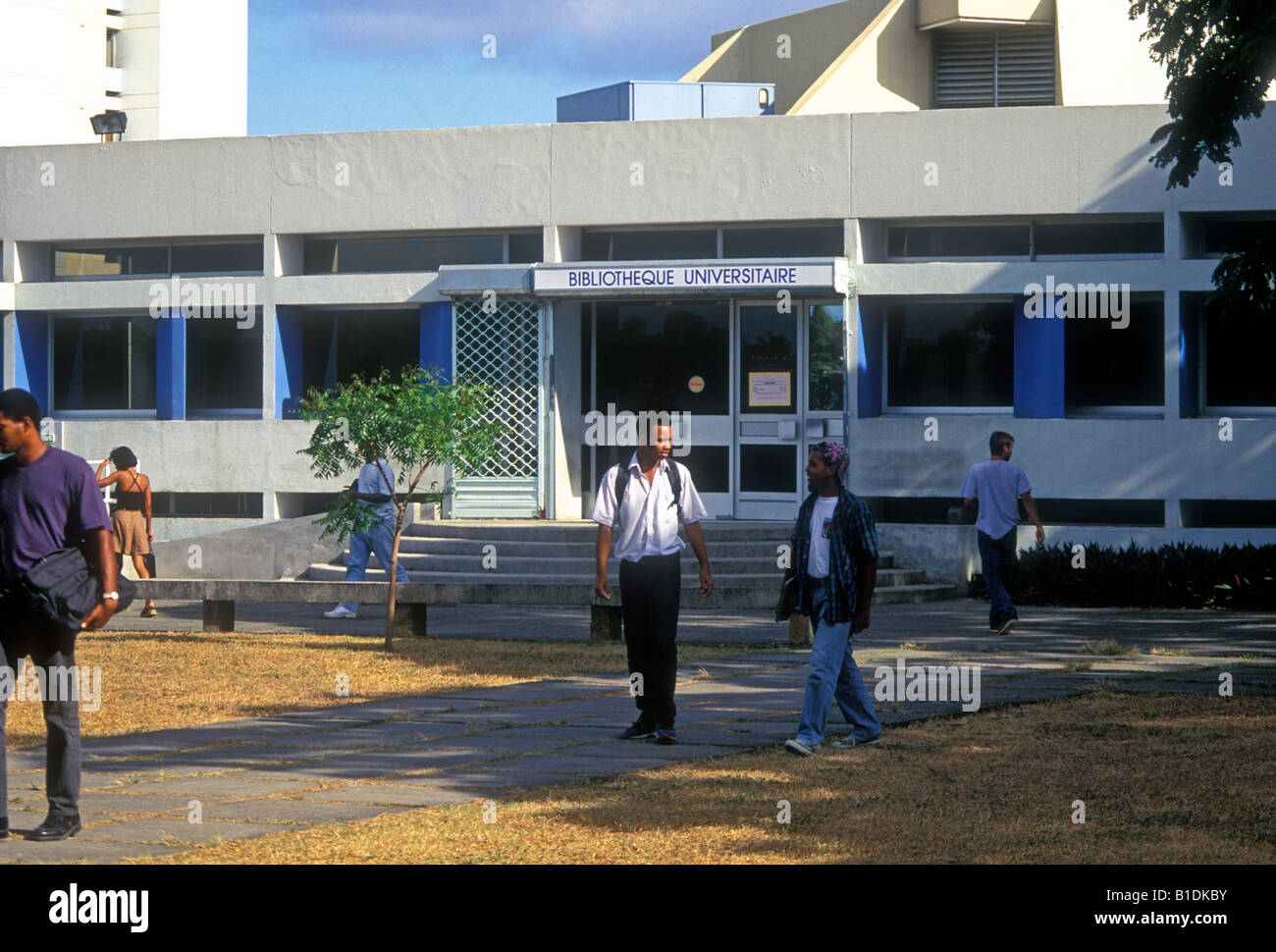 students, library, bibliotheque universitaire, Fouillole University, Universite de Fouillole, Pointe-a-Pitre, Guadeloupe - Stock Image