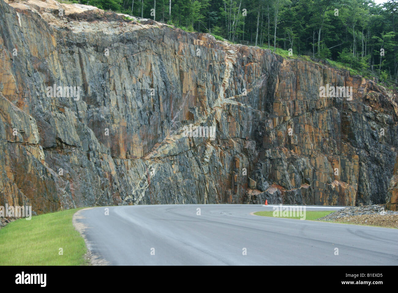 Intrusions Dike & Sill Interstate 80 New Jersey - Stock Image